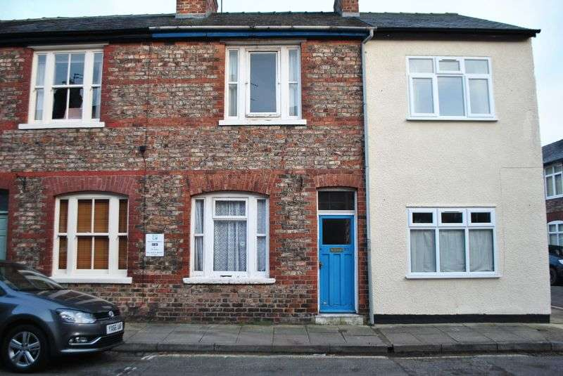 2 Bedrooms Terraced House for sale in Colenso Street, York