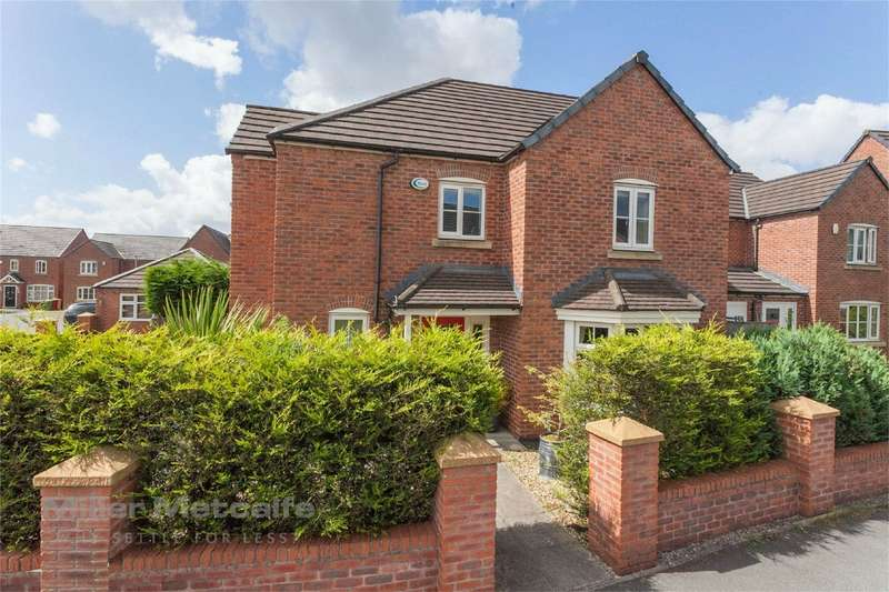 4 Bedrooms Detached House for sale in Williams Street, Little Lever, Bolton, Lancashire