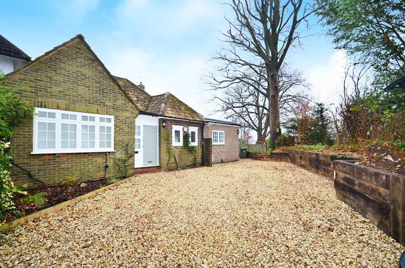 3 Bedrooms Detached House for rent in Warren Road, Guildford, GU1