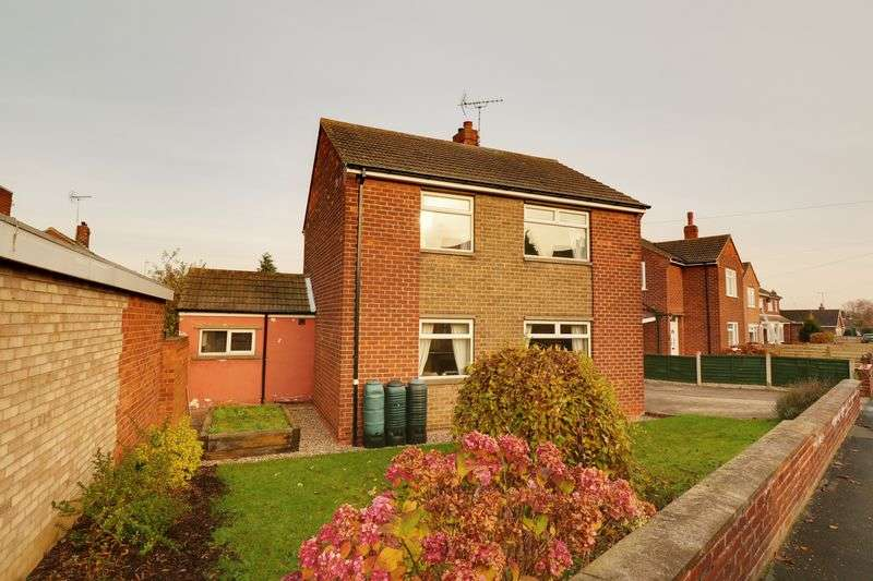 3 Bedrooms Detached House for sale in West Grove, Barton-Upon-Humber