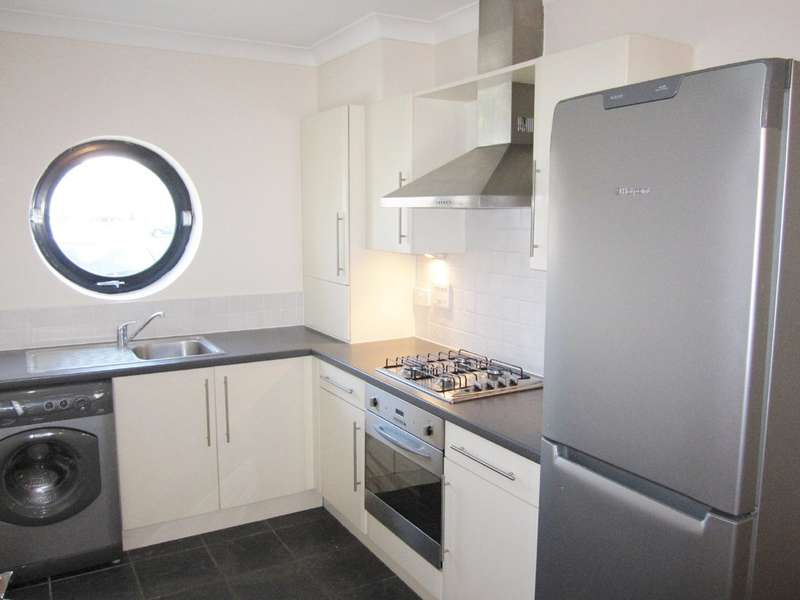 2 Bedrooms Terraced House for sale in Witney Close, Ipswich