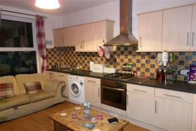 4 Bedrooms House for rent in STUDENT HOME | Flecther Road, Beeston, NG9