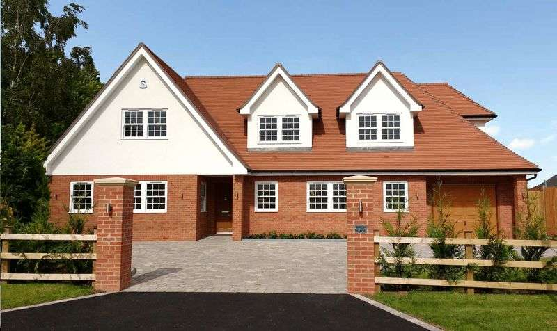 4 Bedrooms Detached House for sale in Much Birch, Hereford