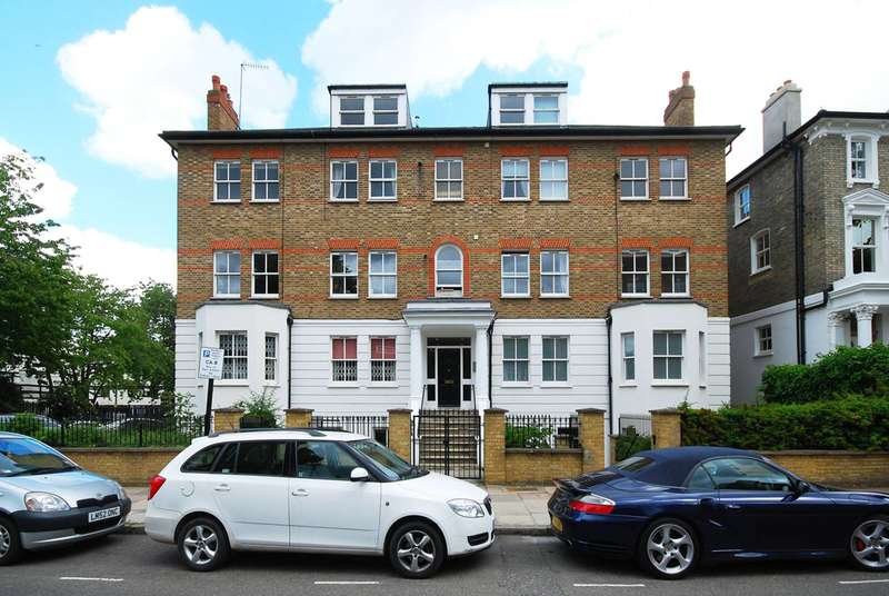 3 Bedrooms Flat for sale in Parkhill Road, Belsize Park, NW3