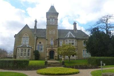 2 Bedrooms Flat for rent in Eckington Hall, Mosborough, Sheffield, S20