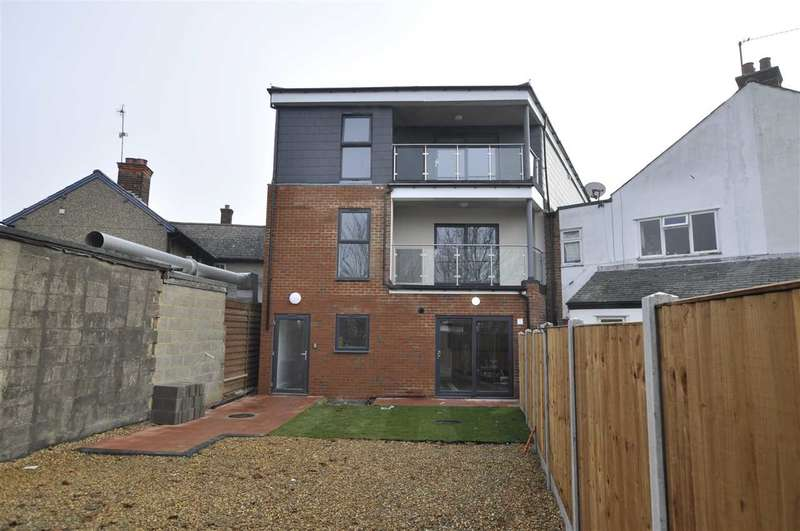 1 Bedroom Apartment Flat for sale in Kings Road, Chelmsford