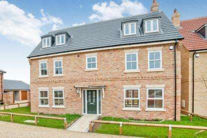 5 Bedrooms Detached House for sale in Watton, Thetford, Norfol