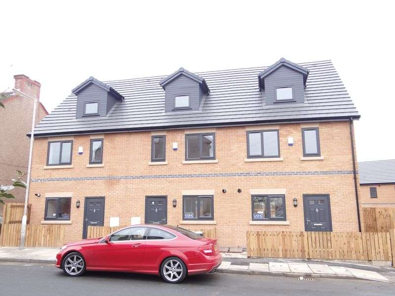 3 Bedrooms Terraced House for rent in Highdale Green, New Ferry