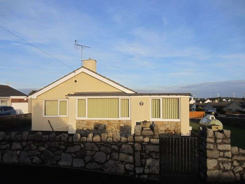 3 Bedrooms Detached Bungalow for sale in Tyddyn Gyrfa Estate, Cemaes Bay