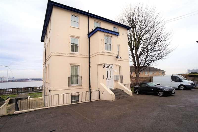 2 Bedrooms Flat for sale in Lansdowne Square, Northfleet, Gravesend, Kent, DA11