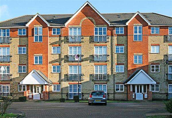 2 Bedrooms Apartment Flat for sale in Joseph Hardcastle Close, New Cross
