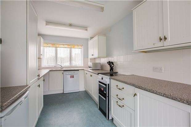 3 Bedrooms Terraced House for sale in Abbey Road, WITNEY