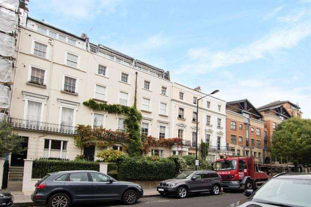 2 Bedrooms House for sale in Westbourne Grove, London, W11