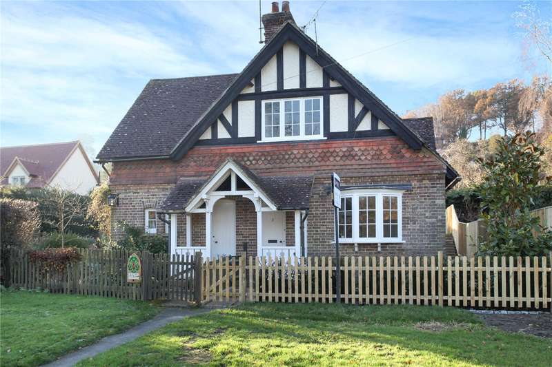 3 Bedrooms Semi Detached House for sale in Bulmers Cottages, Holmbury St. Mary, Dorking, Surrey, RH5