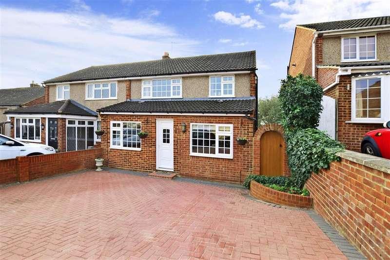 3 Bedrooms Semi Detached House for sale in Saxon Close, Northfleet, Gravesend, Kent