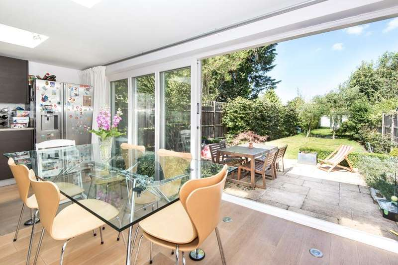 3 Bedrooms End Of Terrace House for sale in Wiggins Lane, Ham