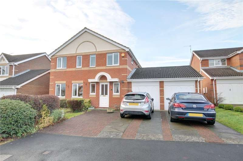4 Bedrooms Detached House for sale in Halliday Grove, Langley Moor, Durham, DH7