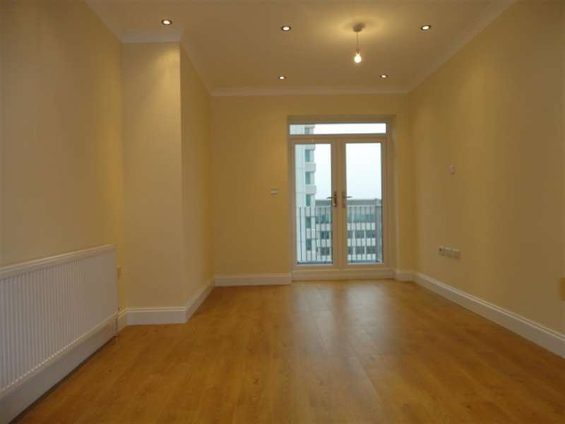 1 Bedroom Flat for sale in Saphire Court, 274-276 High Street, Slough, SL1 1NB
