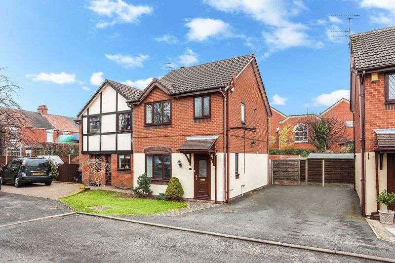 3 Bedrooms Detached House for sale in Orchard Way, Congleton