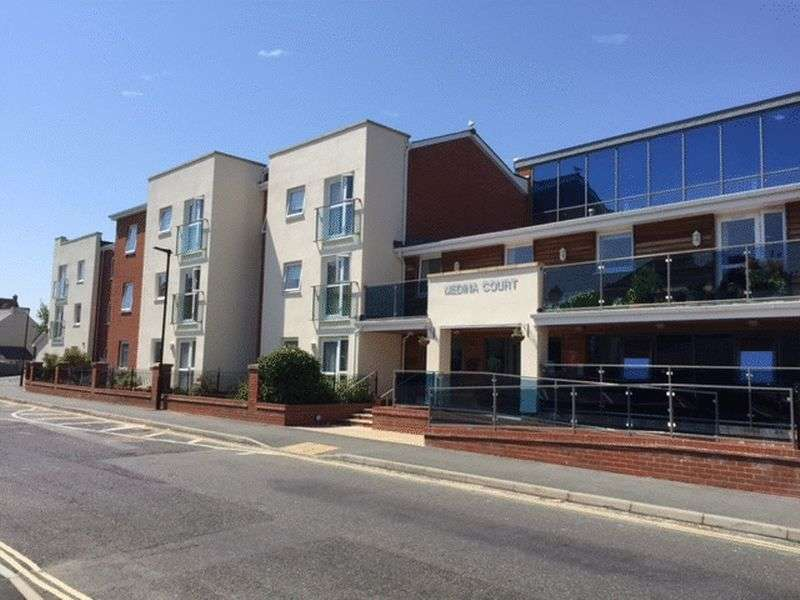 1 Bedroom Flat for sale in Medina Court,Old Westminster Lane, Newport: NO CHAIN one bed first floor retirement apartment