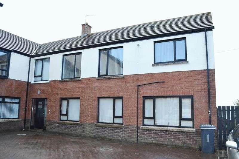 2 Bedrooms Flat for sale in Greenedge Court, Carrickfergus