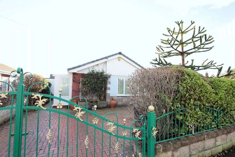3 Bedrooms Detached Bungalow for sale in The Mall, Prestatyn