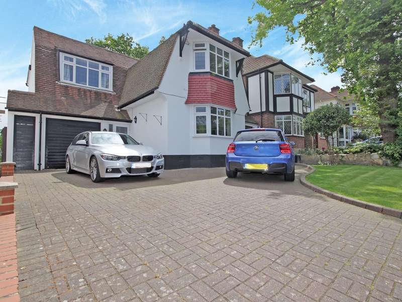 4 Bedrooms Detached House for sale in Copse Avenue, West Wickham, BR4