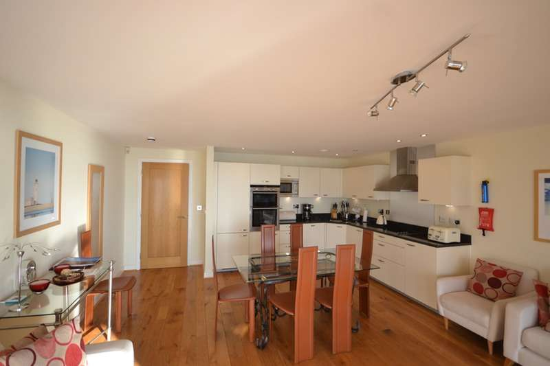 3 Bedrooms Apartment Flat for sale in Warren Road, Torquay, Devon, TQ2