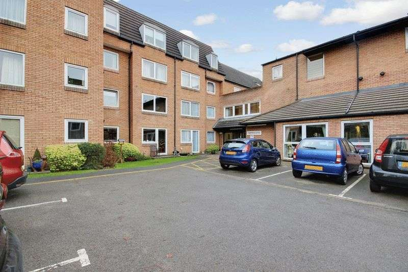 1 Bedroom Retirement Property for sale in Homebeech House Phase II, Woking, GU22 7XG