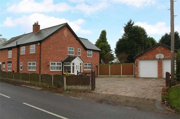 4 Bedrooms Semi Detached House for sale in Northwich Road, Lower Stretton, Warrington, Cheshire