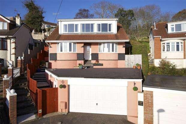 4 Bedrooms Detached Bungalow for sale in Branksome Close, Preston, Paignton, Devon