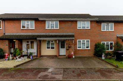 3 Bedrooms Terraced House for sale in Rayleigh, Essex, United Kingdom