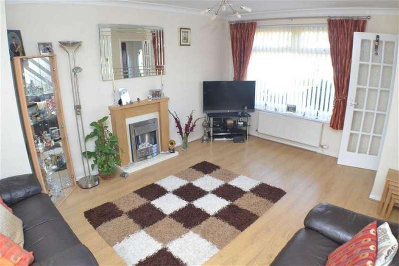 4 Bedrooms Property for sale in Lindisfarne Road, Ashton-under-lyne, Lancashire, OL7