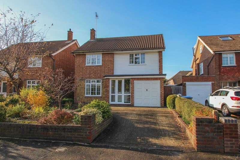 4 Bedrooms Detached House for sale in Long Ditton