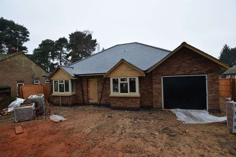 3 Bedrooms Detached Bungalow for sale in Tattershall Road, Kirby-On-Bain, Woodhall Spa