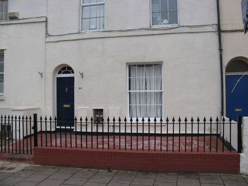 1 Bedroom Flat for sale in Worcester Street, Gloucester