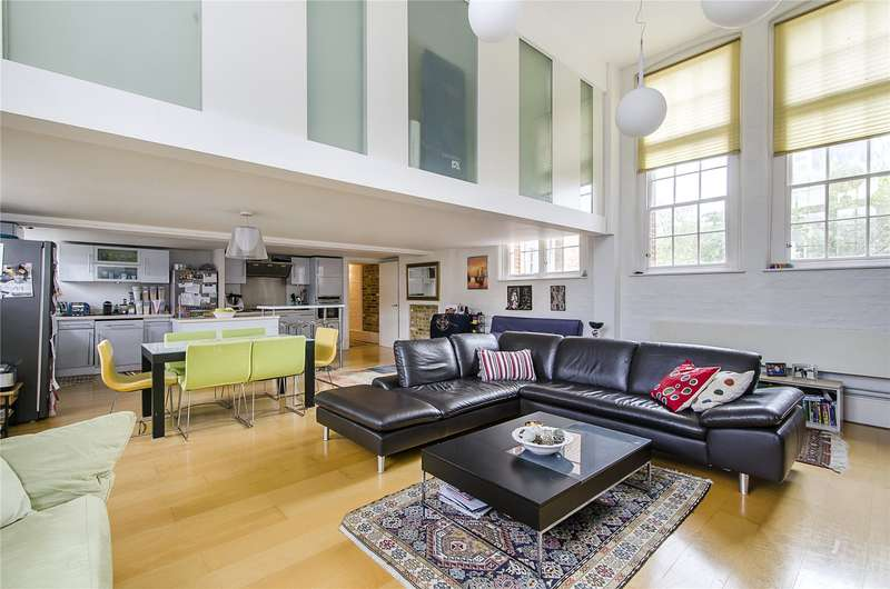 4 Bedrooms Flat for sale in Battersea Park Road, Battersea, London, SW11