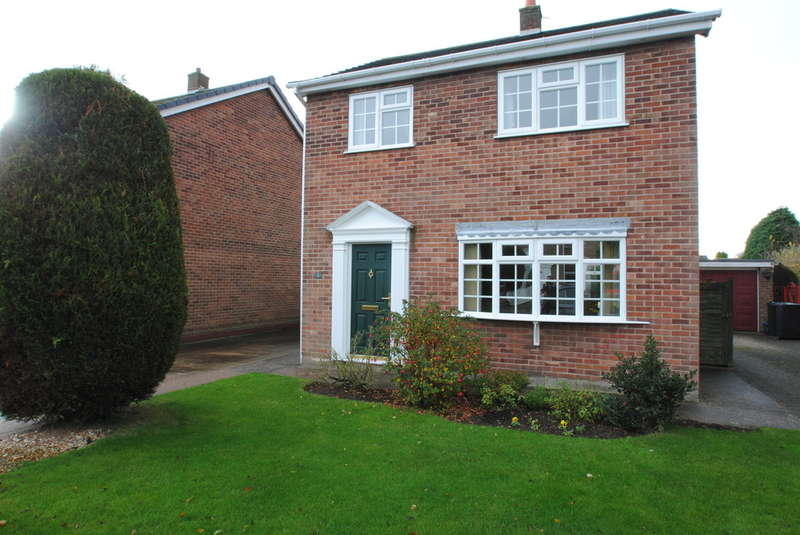 3 Bedrooms Detached House for sale in Holmes Road, Bramley
