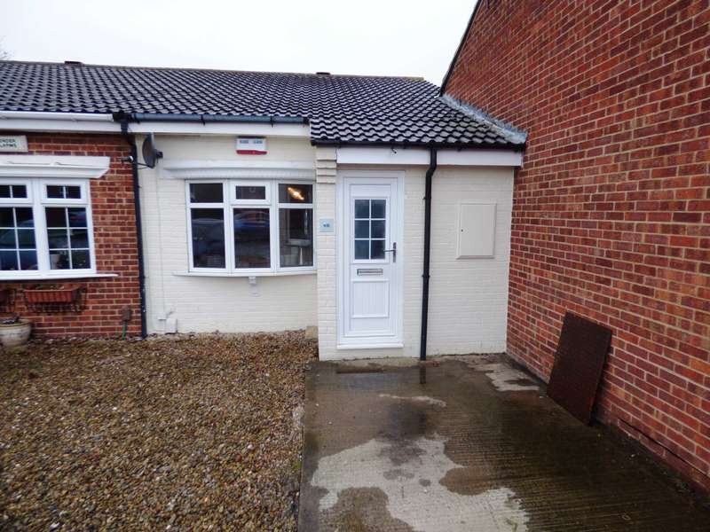 2 Bedrooms Semi Detached Bungalow for sale in Woodside, Redcar