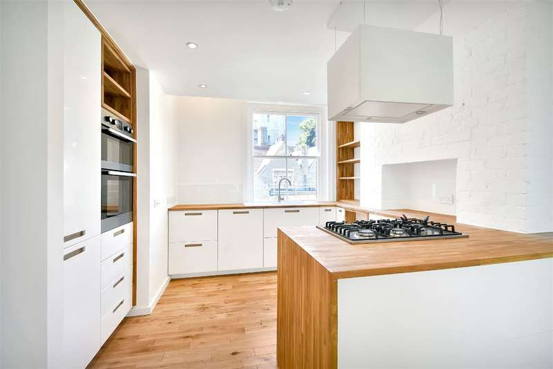 3 Bedrooms Property for sale in Grove Place, Hampstead Village, NW3