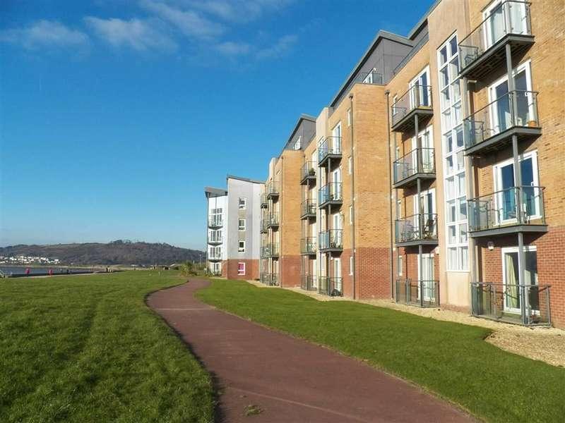 2 Bedrooms Flat for sale in Cwrt Myrddin, Pentre Doc Y Gogledd, Llanelli