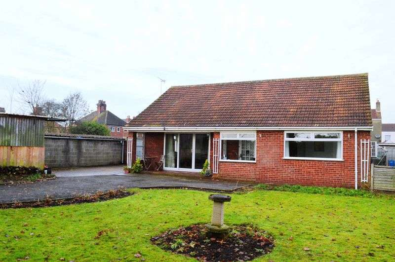 3 Bedrooms Detached Bungalow for sale in Glebe Road, Brigg