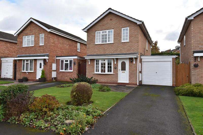 3 Bedrooms Detached House for sale in Clayhall Road, Droitwich