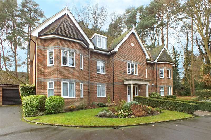 3 Bedrooms Flat for sale in Greenwood Manor, Church Road, Fleet, GU51