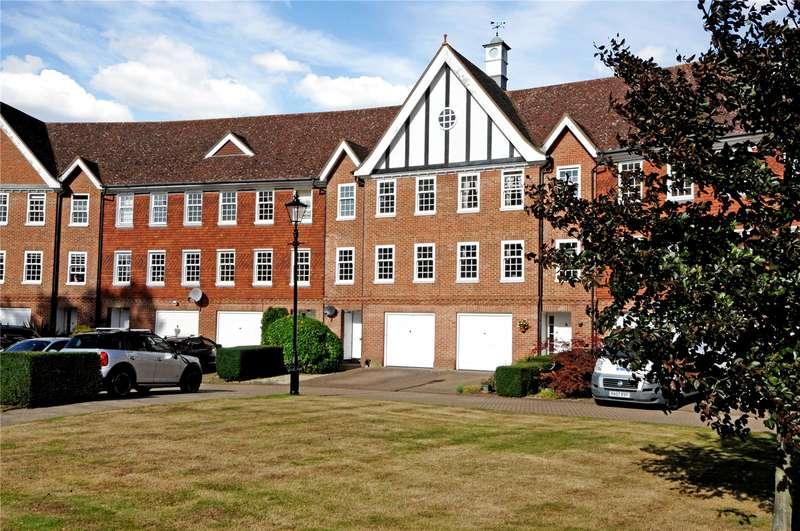 4 Bedrooms Terraced House for sale in Queens Acre, Windsor, Berkshire, SL4