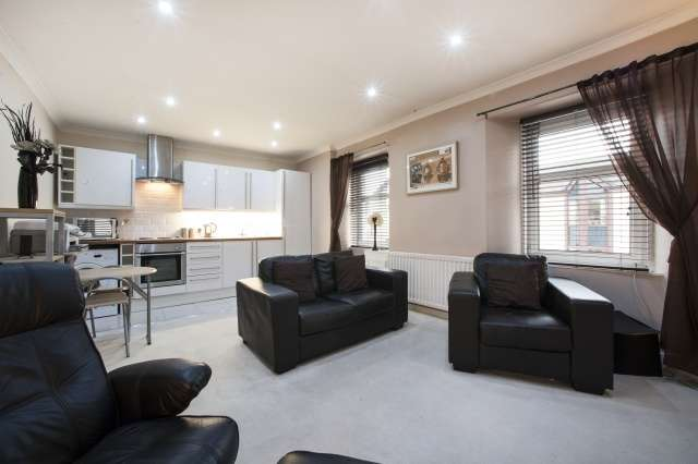 1 Bedroom Flat for sale in 29 West High Street, Kirkintilloch, Glasgow, G66 1AB