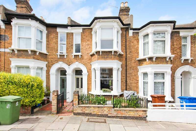 4 Bedrooms Terraced House for sale in Landcroft Road, London SE22