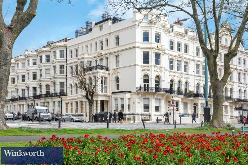 2 Bedrooms Flat for sale in Palmeira Avenue Mansions, 17-19 Church Road, Hove, East Sussex, BN3