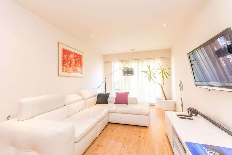 1 Bedroom Flat for sale in Croft House, Colindale, NW9