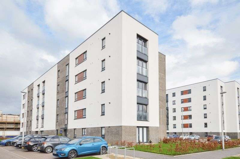 2 Bedrooms Flat for sale in Flat 10, 4 Arneil Drive, Crewe, Edinburgh, EH5 2GR